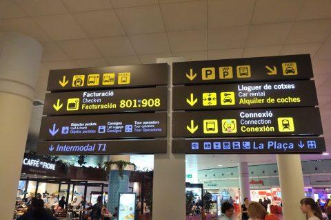 バルセロナ空港表示案内