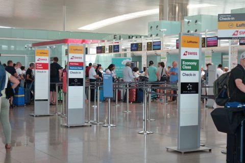 ルフトハンザ航空チェックインカウンター