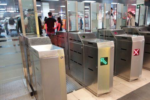 barcelona-metro/出口