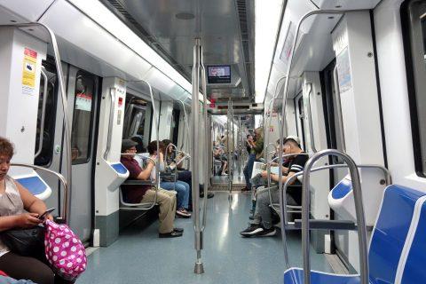 barcelona-metro/新型車両