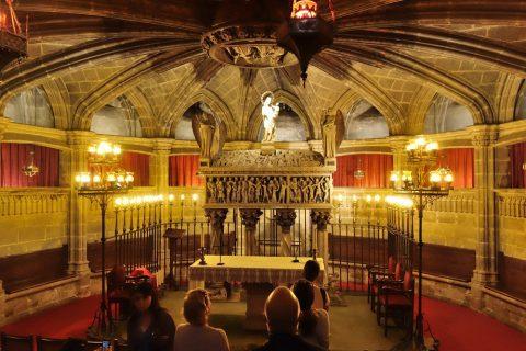 小部屋と棺/バルセロナ大聖堂