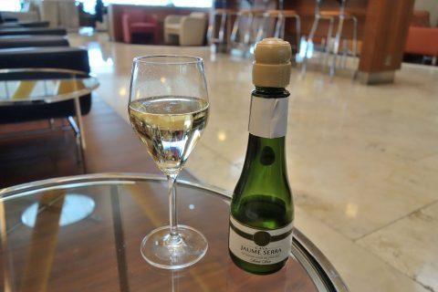 dali-vip-lounge-madrid/スパークリングワインの味