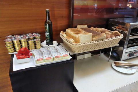 dali-vip-lounge-madrid/パン