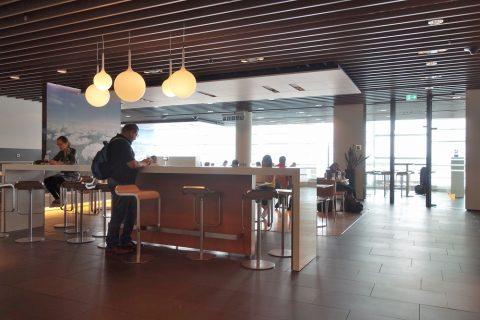 frankfurt-airport-lufthansa-business-lounge/ラウンジエリア