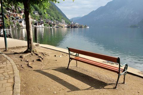 hallstatt/公園のベンチ