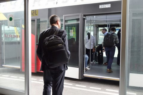 イベリア航空バスで搭乗