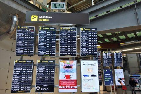 マドリード空港掲示板