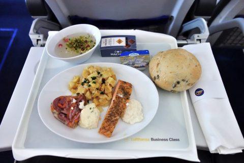 ルフトハンザビジネスクラス機内食/フランクフルト~ウィーン