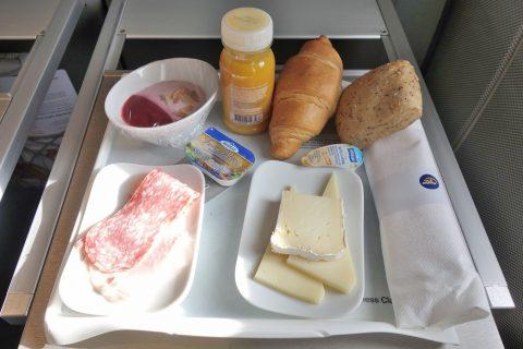 ルフトハンザ航空ビジネスクラス機内食/朝食メニュー