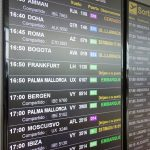 飛行機が突然キャンセルに!航空会社の対応と手続きについて