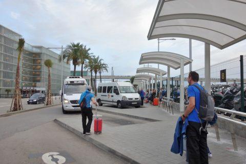 バルセロナ空港ホテル送迎バス乗り場