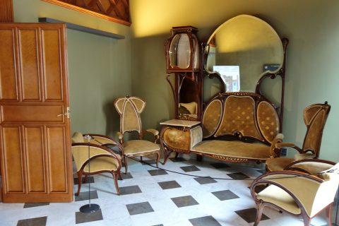 グエル邸の部屋