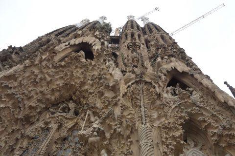 sagrada-familia/西端のファサードの彫刻