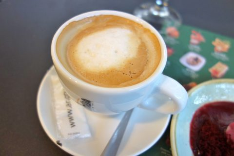txapela-barcelona/ミルクコーヒー