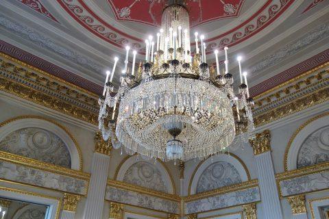 Bayerische-Staatsoper/ホワイエのシャンデリア
