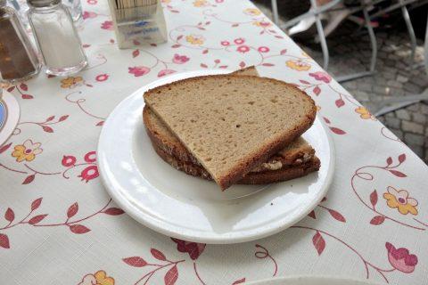 Bratwurstherzl-munich/ドイツのパン