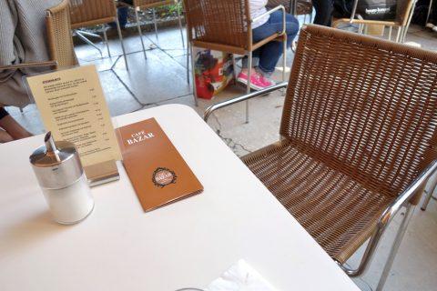 cafe-bazar/テラス席のシート