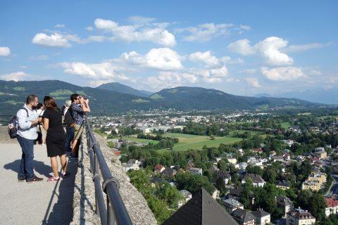 ザルツブルク城からの夏の景色