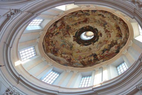 聖トリニティ教会のフレスコ画