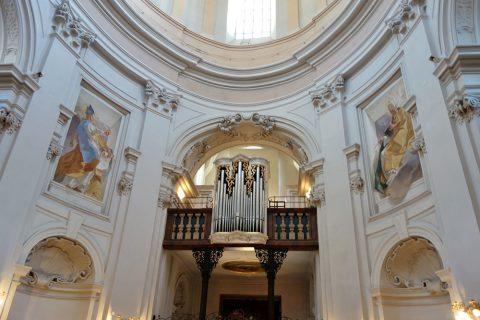 聖トリニティ教会のパイプオルガン
