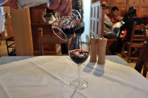 seewirt-zauner-restaurant/赤ワインのピッチャー