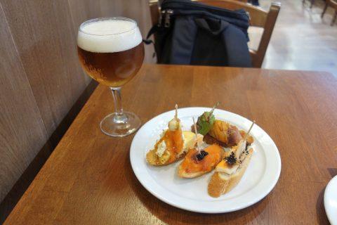 CERVECERIA-BAVIERA/ピンチョスとビール