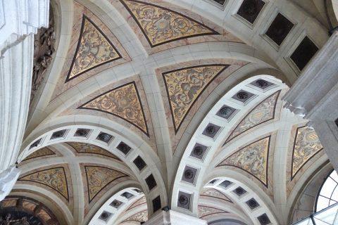 San-Francisco-El-Grande/エントランスホールの天井