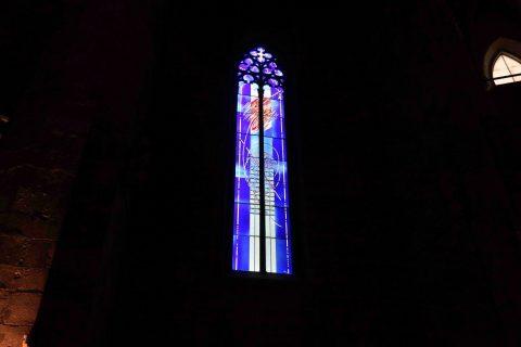 basilica-santa-maria-del-mar-barcelona/斬新なステンドグラス