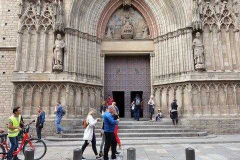 basilica-santa-maria-del-mar-barcelona/エントランス