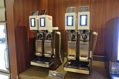 福岡空港ダイヤモンドプレミアラウンジ/ビールサーバー