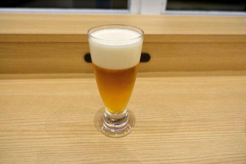 福岡空港ダイヤモンドプレミアラウンジ/ビールの泡