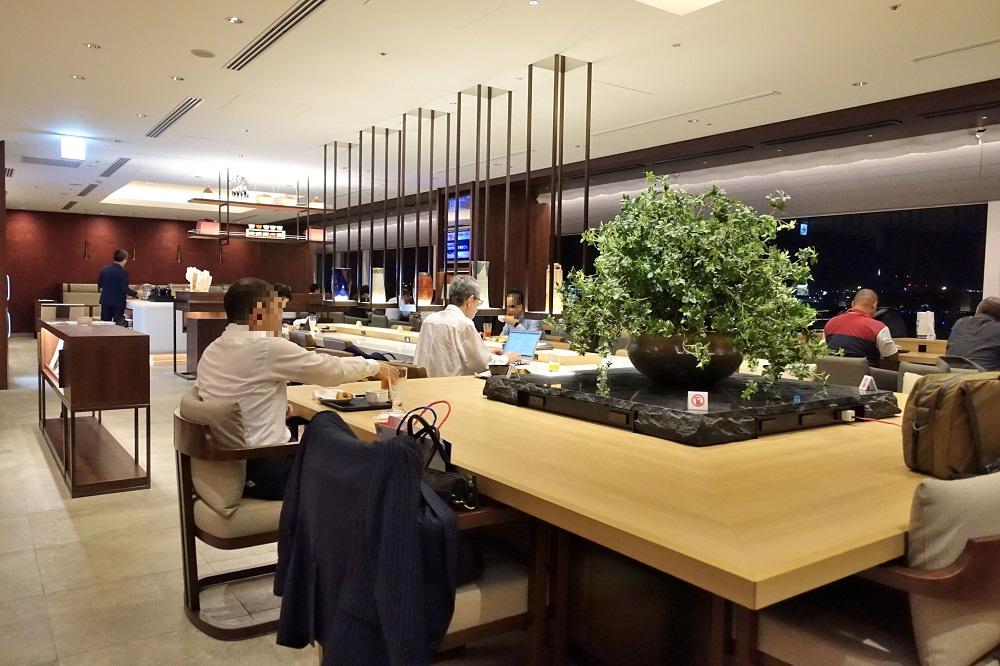 fukuoka-diamond-premier-lounge (5)