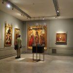 ラサロ・ガルディアーノ美術館/1万点以上のコレクションと豪華な内装!