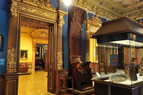 museo-lazaro-galdiano/豪華な内装