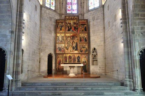 museu-d-historia-de-la-ciutat-barcelona/礼拝堂の祭壇