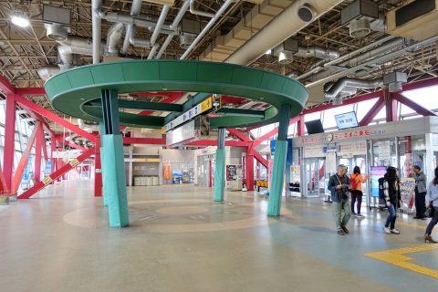 鹿児島港フェリーターミナル