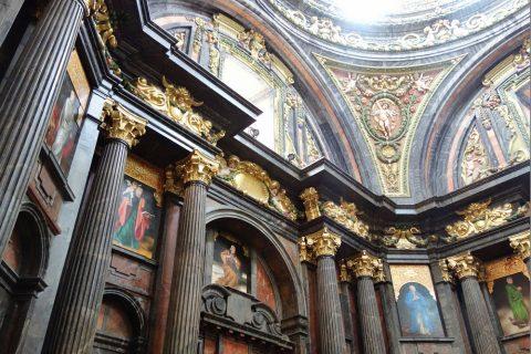 サンアンドレス教会の絵画
