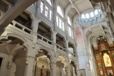 サンホセ教会はバシリカ式