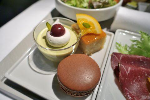 エールフランスビジネスクラスの美味しいスイーツ
