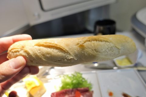 エールフランスの細長いパン