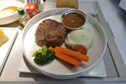 牛フィレ肉のフライパン焼き/エールフランスビジネスクラス