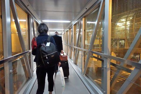 パリの空港へ到着