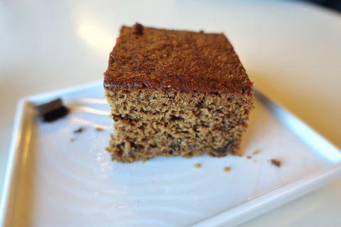 エールフランスラウンジのチョコレートケーキ