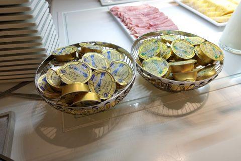 2種類のバター/エールフランスラウンジ