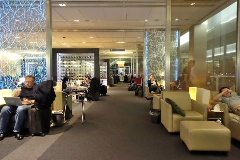 galleries-first-lounge-london-t5/広さ
