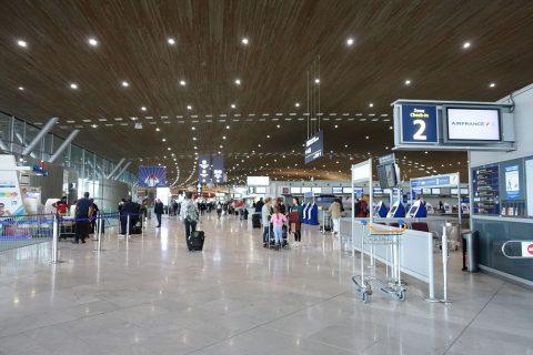 パリCDG空港ターミナル2E