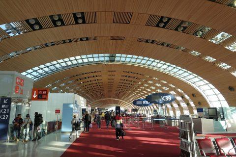 パリ空港ターミナル