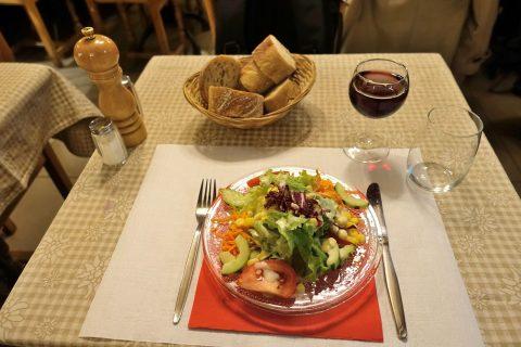 auberge-de-saviese/パンとサラダとワイン