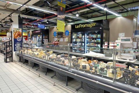 スーパーのチーズ計り売り