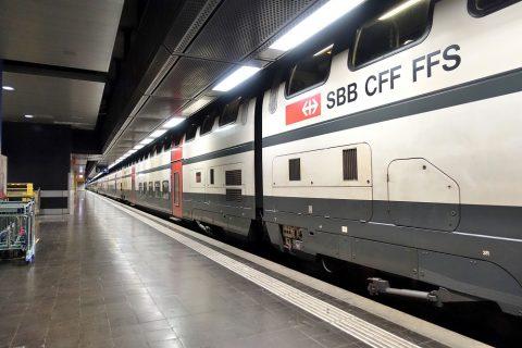 スイス国鉄列車